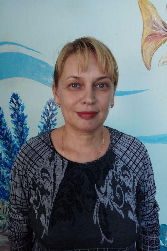 Асылкаева Любовь Амиряновна - инструктор по плаванию